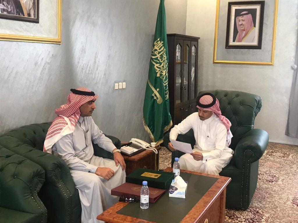 محافظ بني حسن يلتقي مسؤولي الإدارات الحكومية والأمنية وموظفي المحافظة