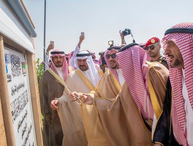 أمير القصيم يفتتح طريق الملك عبدالله بعنيزة بطول 25 كلم بتكلفة تزيد عن 500 مليون