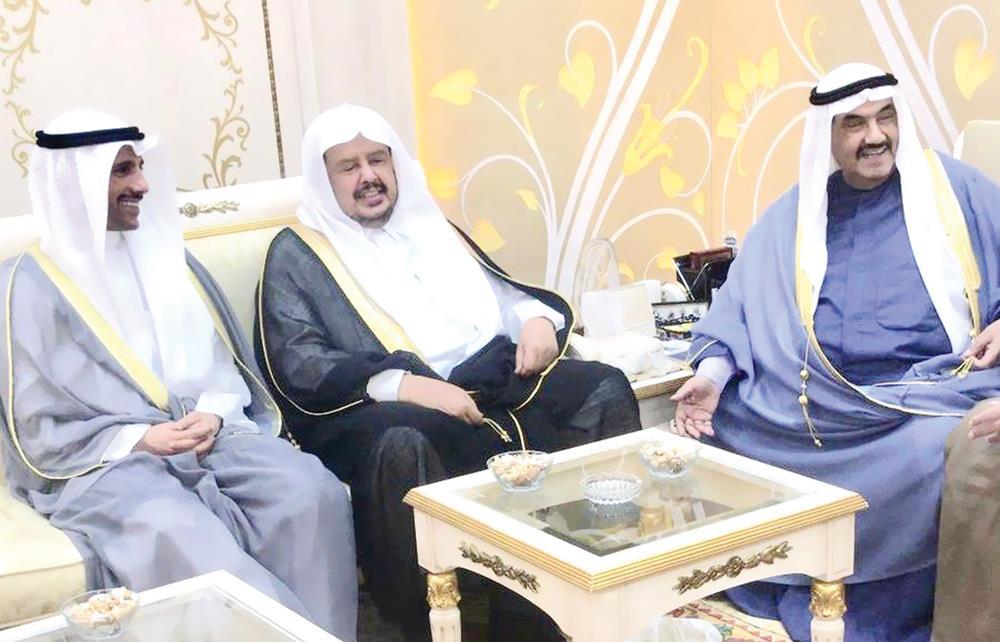 الكويت تؤكد عمق العلاقات مع السعودية.. وناصر المحمد: زيارة محمد بن سلمان تاريخية إن كانت مدتها ثانية أو دقيقة أو ساعة