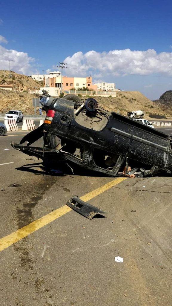 شاهد: وفيات وإصابات بحوادث مروّعة في الباحة