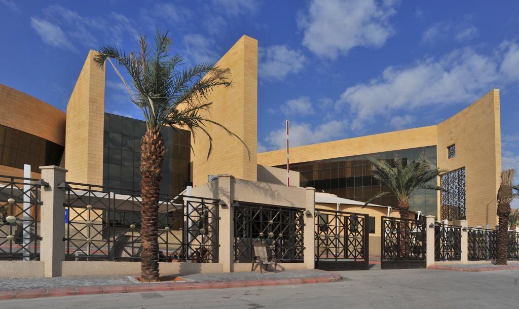 مكتبة الملك عبدالعزيز العامة تسهم في تطوير العلاقات الثقافية بين السعودية والبحرين