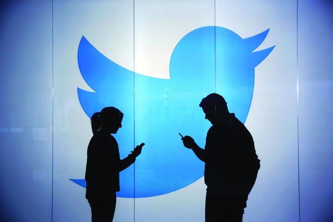 """بعد فقد 9 ملايين .. """"تويتر"""" تختبر مزايا جديدة لمحاولة استعادة المستخدمين"""