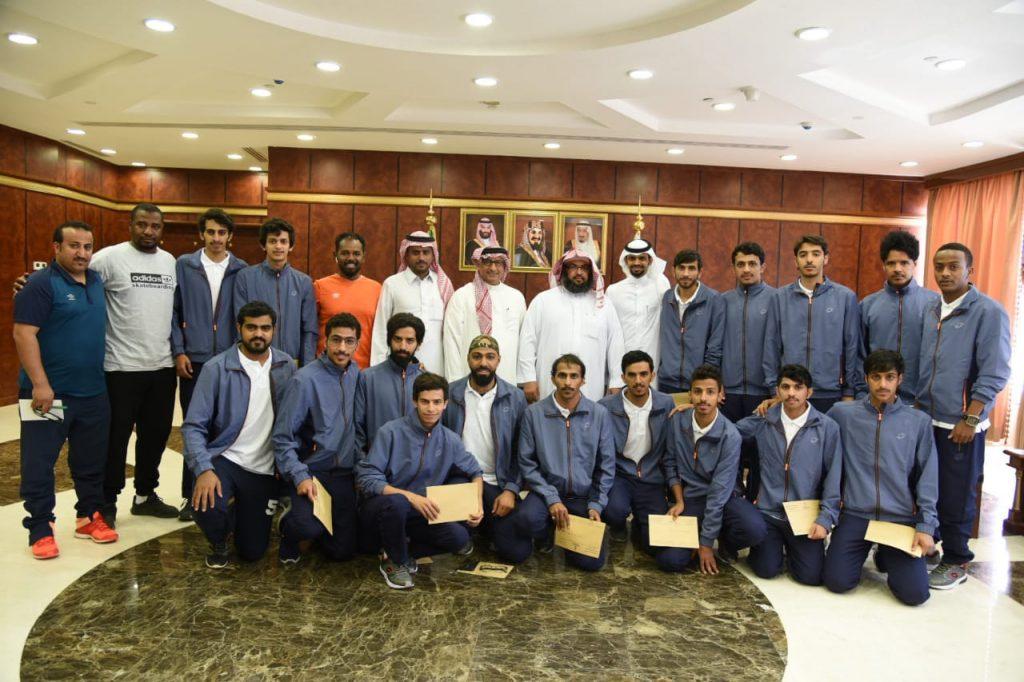 منتخب جامعة نجران يتأهل لنصف نهائي دوري الجامعات (ب) لكرة القدم
