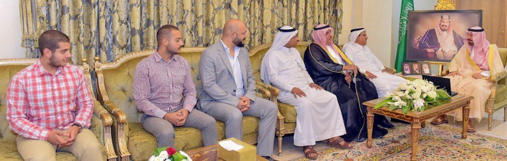أمير نجران يبارك انطلاقة أول مشروع للسياحة الصحراوية بالمملكة