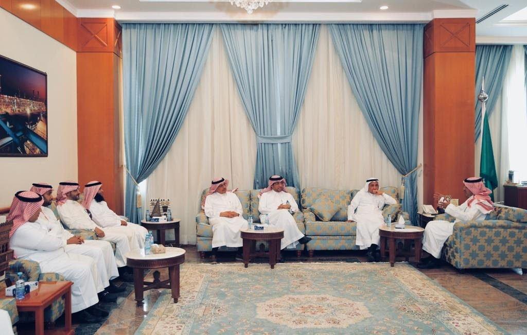 محافظ ينبع ألتقى وكيل وزارة البئية والمياه والزراعة لشؤون المياه