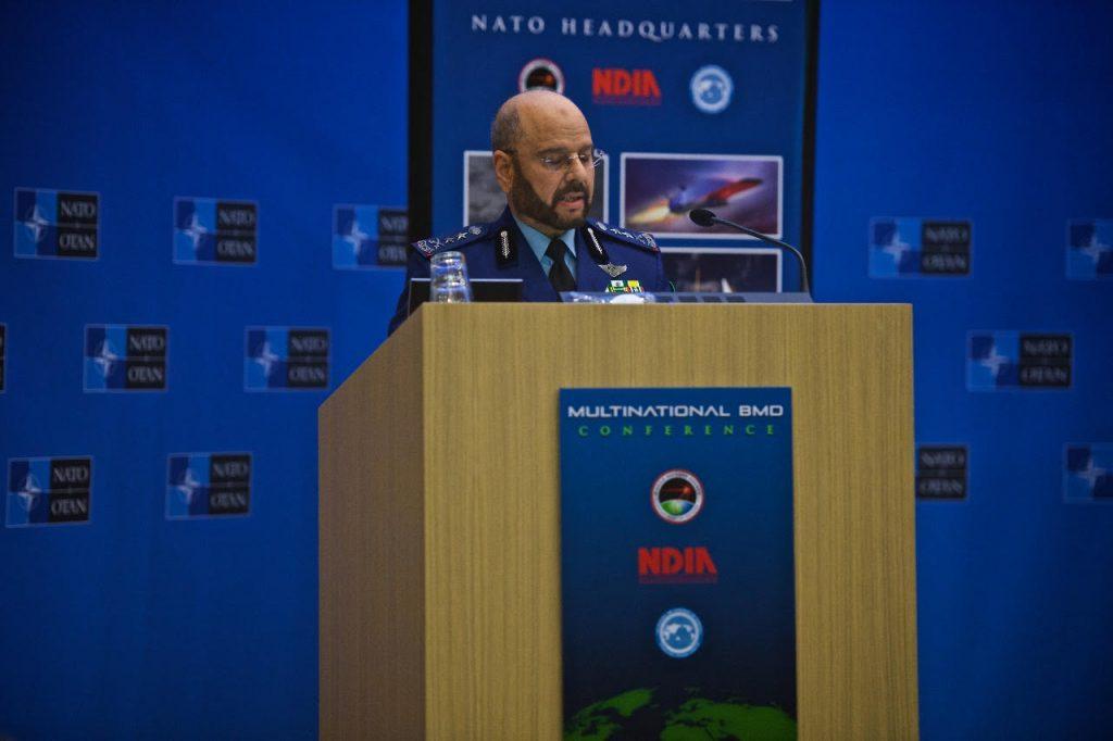 رئيس هيئة الأركان العامة يشارك في المؤتمر الدولي للدفاع ضد الصواريخ البالستية بمقر القيادة العامة لحلف شمال الاطلسي (الناتو)