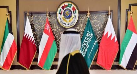 الدوحة وقمة الرياض… وإخوانية تسويق الوهم!