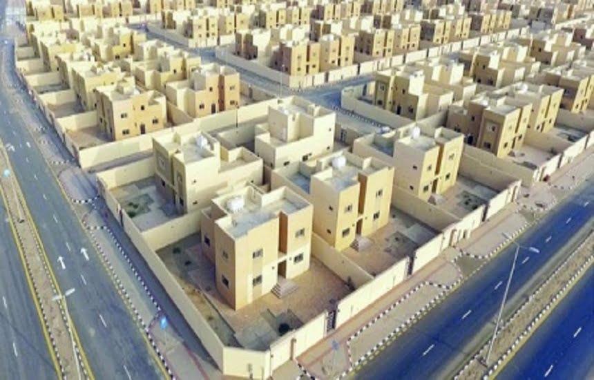 إصدار 9589 عقدا لأراض سكنية للمستفيدين في يونيو
