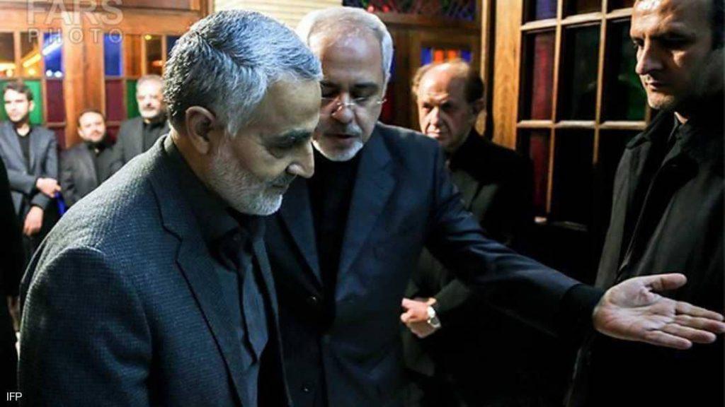 "سليماني يسرق دبلوماسية إيران.. والحرس الثوري ""يدهس"" ظريف"