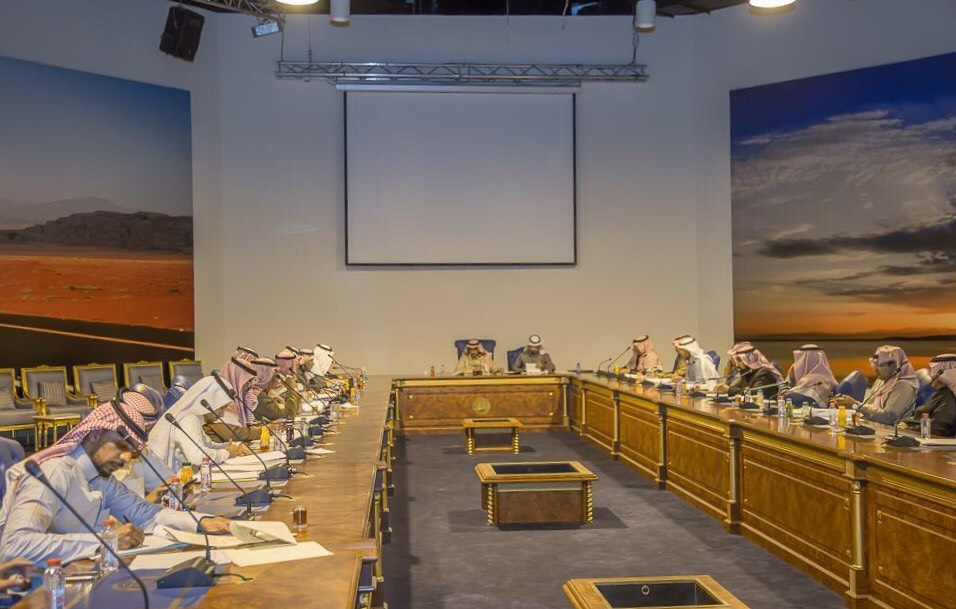 بلدي تبوك يعقد اجتماعه الـ40 ويبحث سبل تطوير العمل البلدي