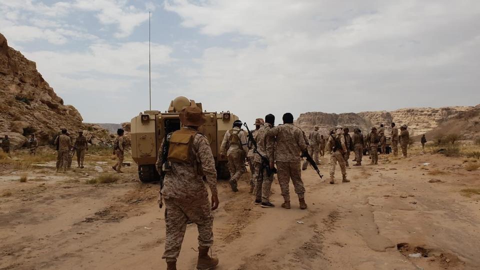 الجيش اليمني يحرر سلسلة جبلية مهمة في كتاف