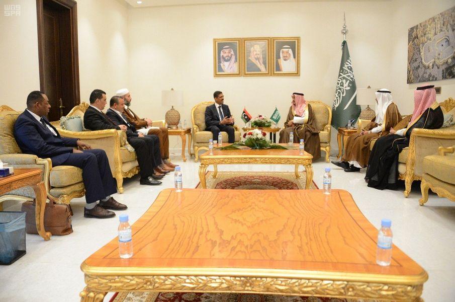 وزير الحج والعمرة يستقبل رئيس لجنة حجاج ليبيا ووزير الشؤون الإسلامية السيرلانكي