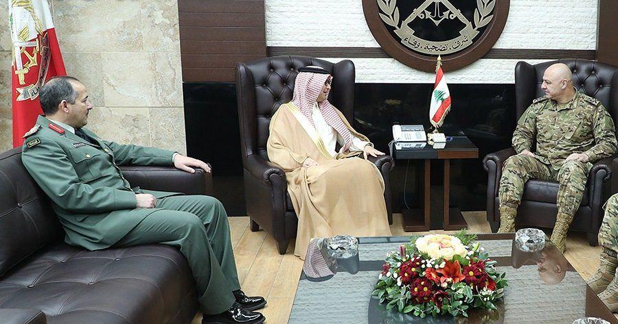 سفير خادم الحرمين الشريفين يلتقي قائد الجيش اللبناني