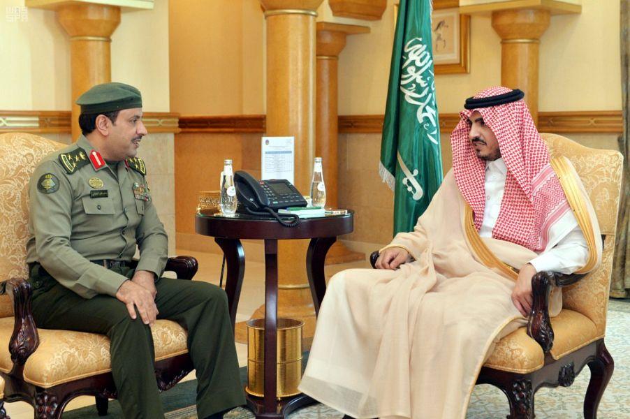 نائب أمير منطقة مكة المكرمة يلتقي قادة القطاعات الأمنية بالمنطقة