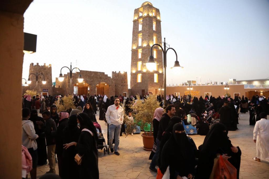 أول مئذنة في الإسلام تتمركز في أرض بيت الجوف بالجنادرية