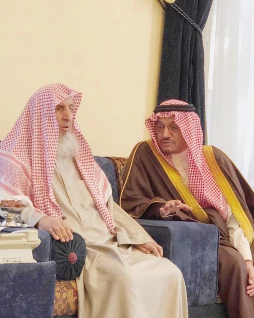مفتي عام المملكة يستقبل وزير التعليم