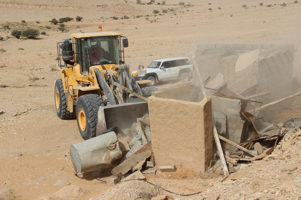 بلدية محافظة الدلم تزيل التعديات وتستعيد ٣ مليون م٢ من الأراضي الحكومية