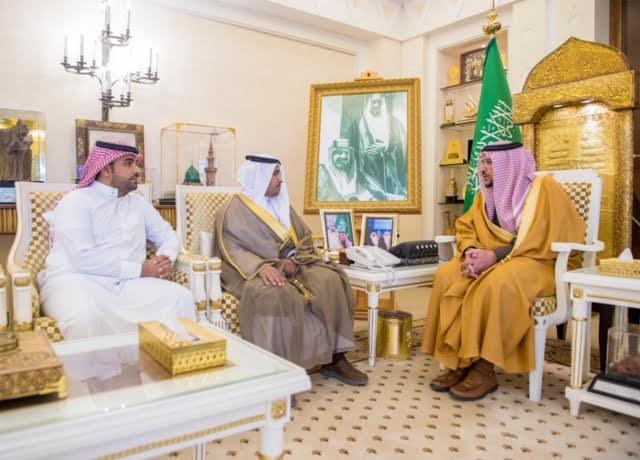 أمير القصيم يلتقي الحربي بمناسبة تكلفيه مديراً عاماً لبريد المنطقة