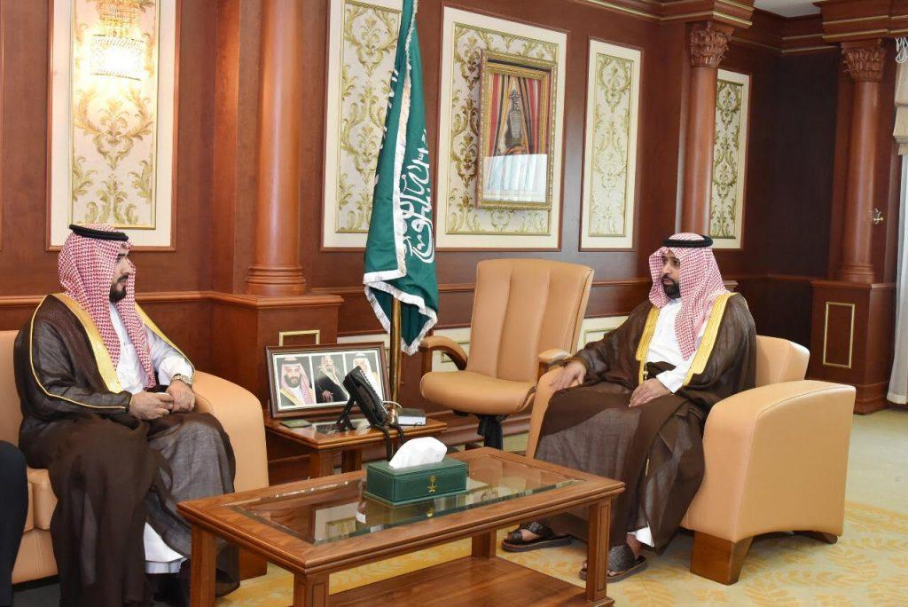 نائب أمير جازان يلتقي مدير الخطوط السعودية بالمنطقة