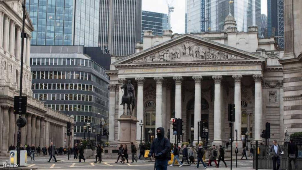 بريطانيا تواجه أضعف نمو اقتصادي في 10 أعوام