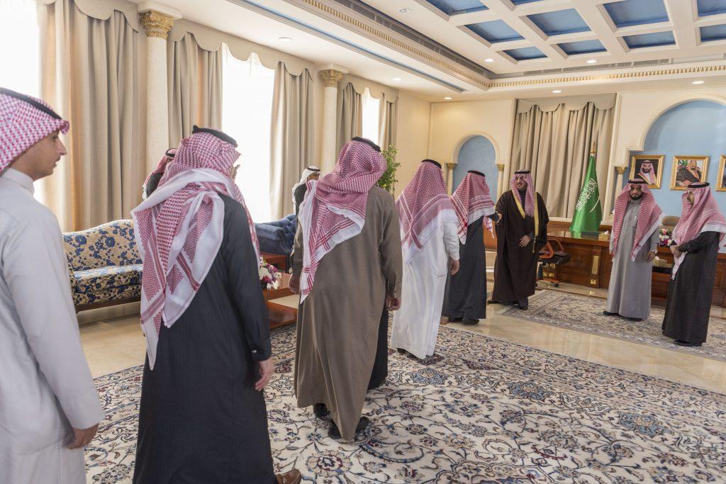 أمير الجوف يستقبل أمين مجلس الشباب واللجان الفرعية والنسائية
