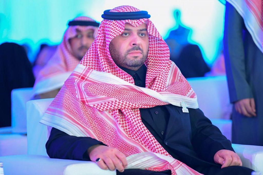 الأمير فيصل بن خالد بن سلطان يرعى الملتقى الثاني لمسائية الرؤية في الحدود الشمالية