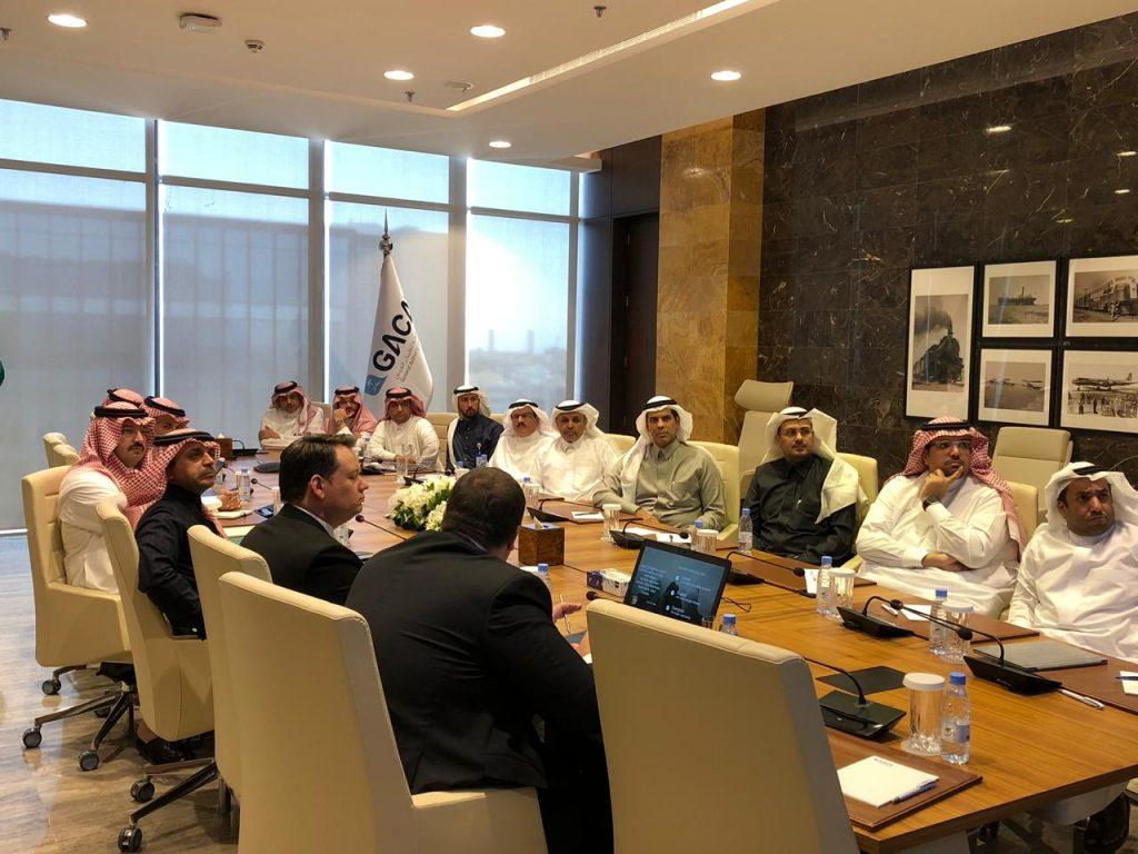 بحضور تركي بن طلال.. ثمان جهات عليا تستعرض أعمال هيئة تطوير عسير وتناقش آلية التعاون المشترك
