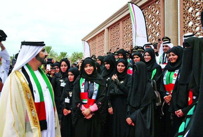 """الإمارات.. 66 % من وظائف القطاع العام تشغلها """"نساء"""""""