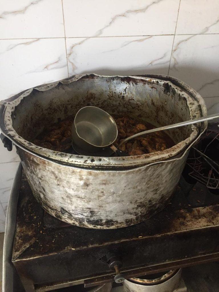 بلدية القطيف: زيارة 1633 منشأة غذائية وإغلاق 25 محلا مخالفا