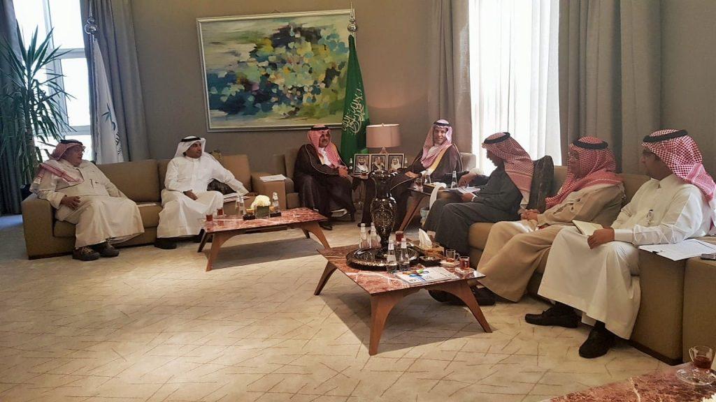 محافظ حفرالباطن يبحث مع وزير النقل مشاريع منظومة النقل في المحافظة