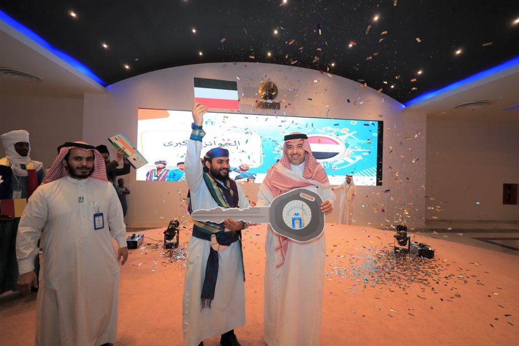 مدير الجامعة الإسلامية يرعى الحفل الختامي لمهرجان الثقافات والشعوب الثامن
