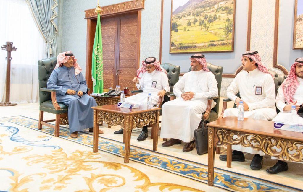 وكيل امارة الباحة يستقبل مدير عام الهيئة العامة للأرصاد وحماية البيئة بالمنطقة الجنوبية