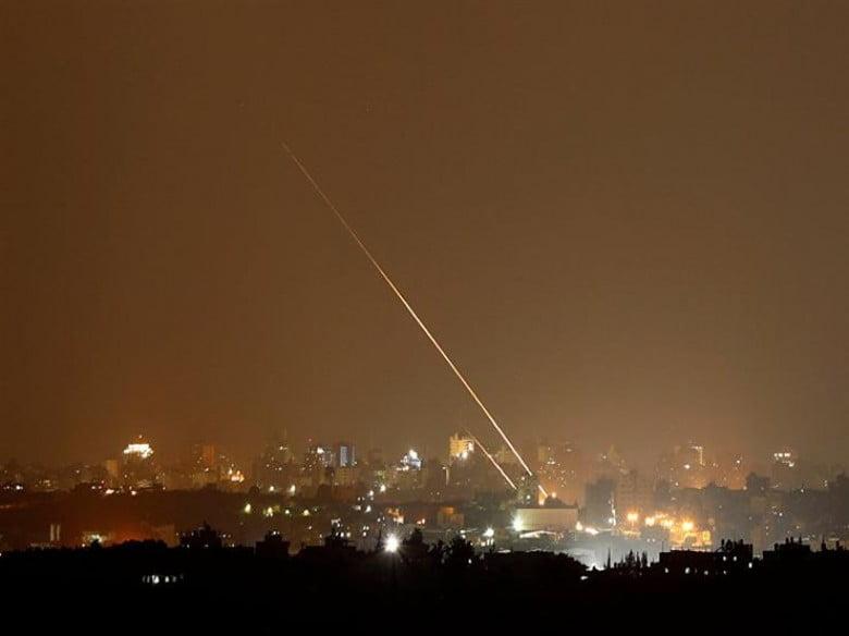 الاحتلال الإسرائيلي: لا نعرف مطلق الصواريخ باتجاه تل أبيب.. ولم نعترضها