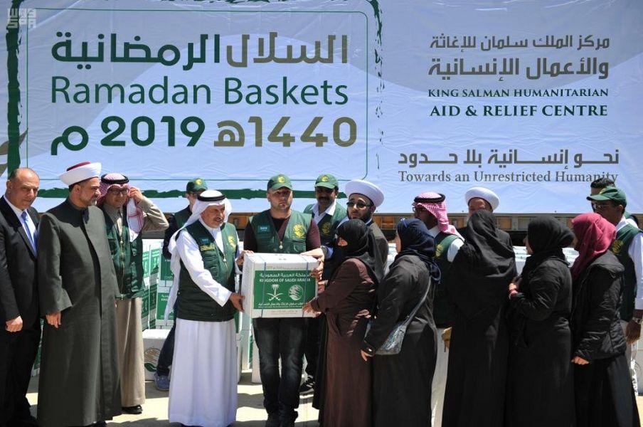 المشرف على مركز الملك سلمان للإغاثة والأعمال الإنسانية يدشن مشاريع إغاثية متنوع في محافظة البقاع اللبنانية
