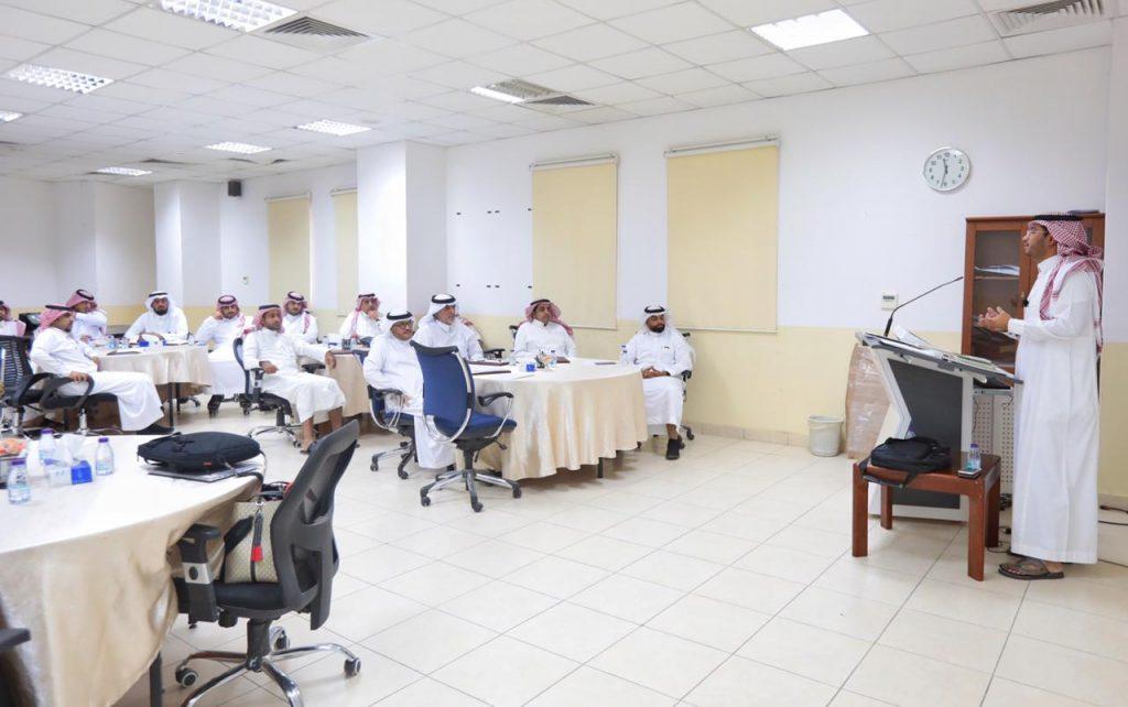 هيئة الهلال الاحمر بالتعاون مع اللجنة الدولية تقيم برنامج تمهيد إعداد مدرب روابط عائلية