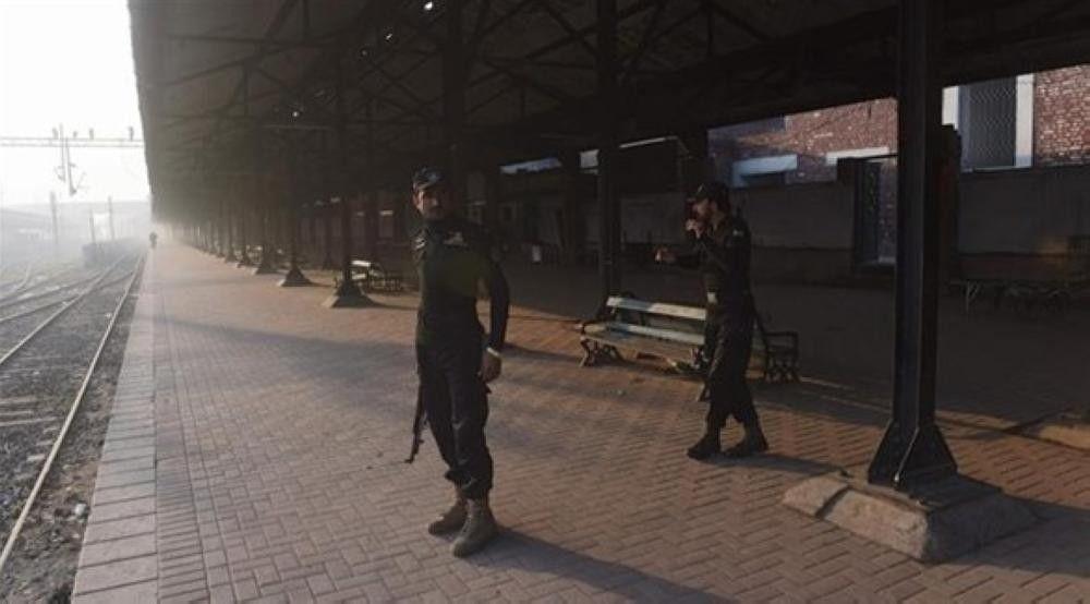 إحباط محاولة تفجير قطار ركاب في باكستان