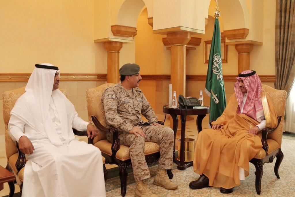 نائب أمير مكة يلتقي مدير إدارة مستشفيات القوات المسلحة بالطائف