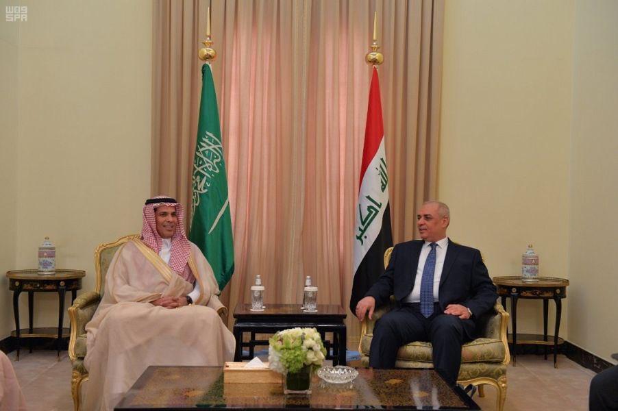 وزير النقل يلتقي نظيره العراقي