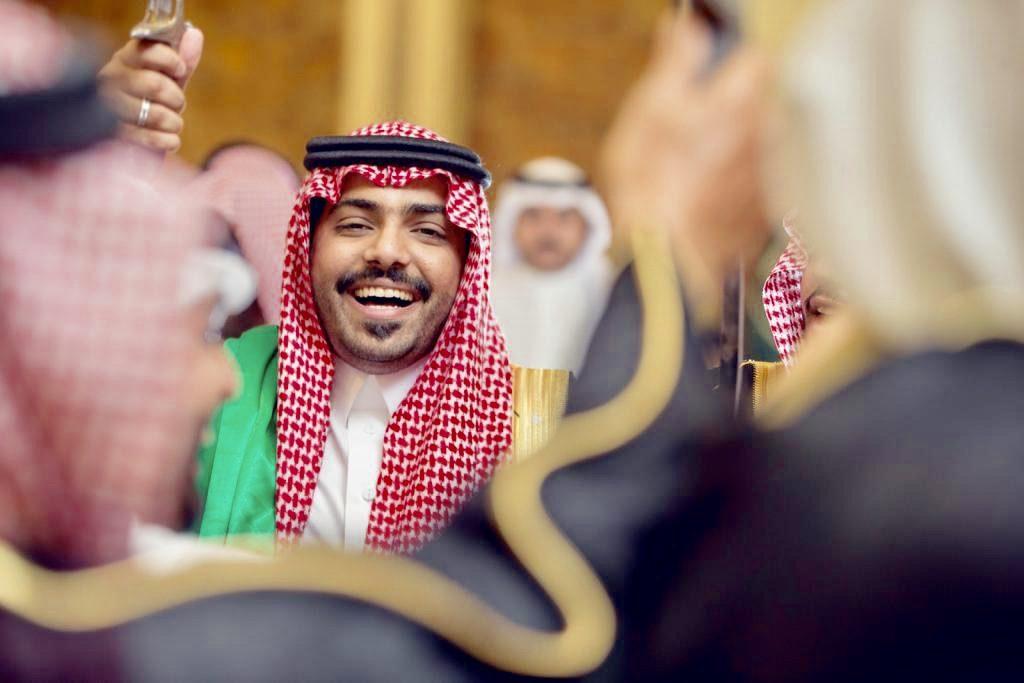 الإعلامي فهد العنزي يحتفل بزواجه ببريدة