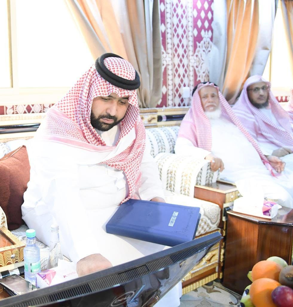 نائب أمير منطقة جازان يدشن جائزة محافظة الدائر للإداء المتميز