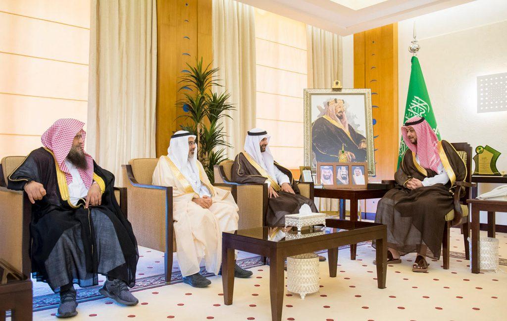نائب أمير القصيم يستقبل رئيس وأعضاء مجلس إدارة جمعية تطوير