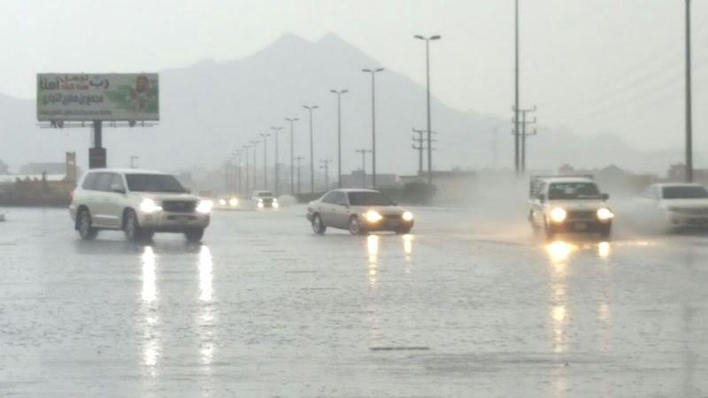أمطار غزيرة على محافظة بارق