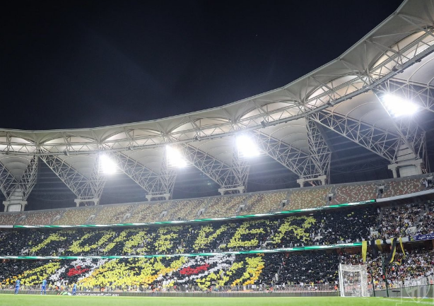 جماهير الاتحاد تكسر حاجز النصف مليون مشجع