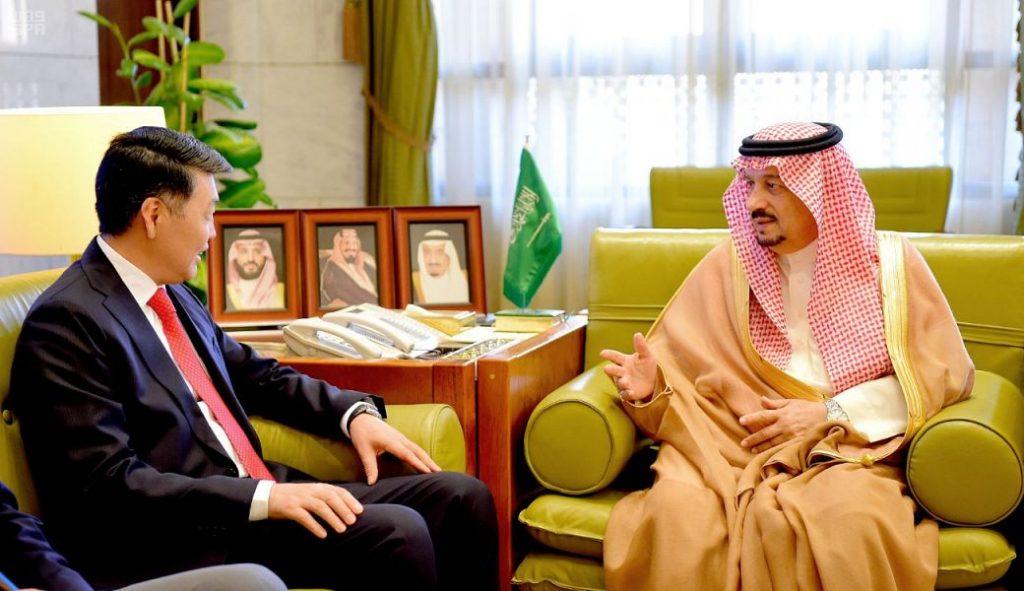 أمير منطقة الرياض يستقبل سفير جمهورية كازاخستان