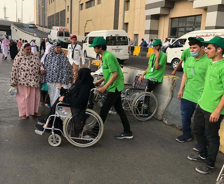 """"""" 941 """" كشافًا في 13 مسارًا تطوعيًا لخدمة ضيوف الرحمن"""
