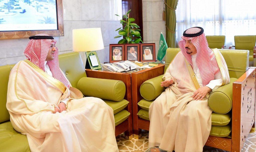 أمير منطقة الرياض يستقبل رئيس الهيئة العامة للطيران المدني