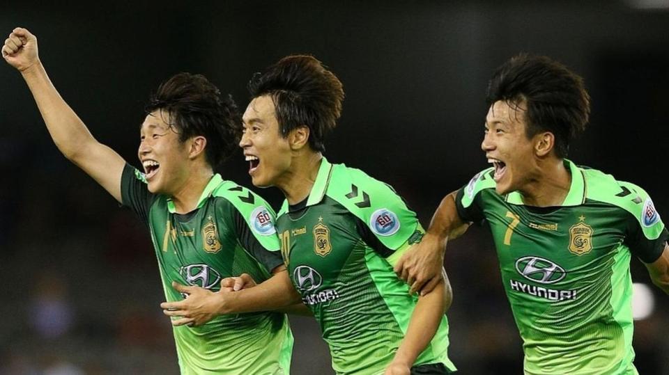 دوري أبطال آسيا : تأهل تشونبوك الكوري الجنوبي ..وأوراوا الياباني إلى دو الـ16