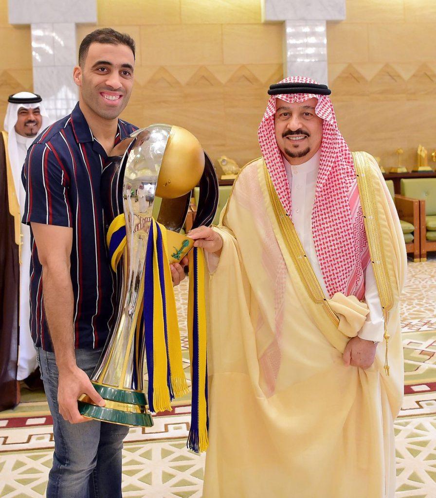 الأمير فيصل بن بندر يستقبل رئيس وأعضاء نادي النصر