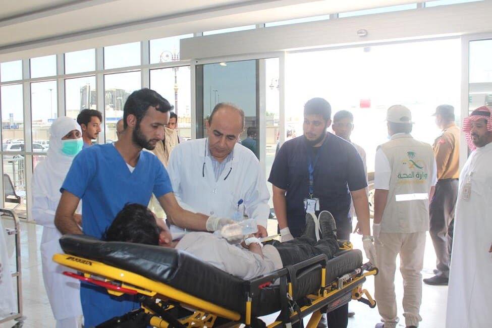 مستشفى الملك خالد بتبوك ينفذ فرضية حادث مروري لحافلة باص
