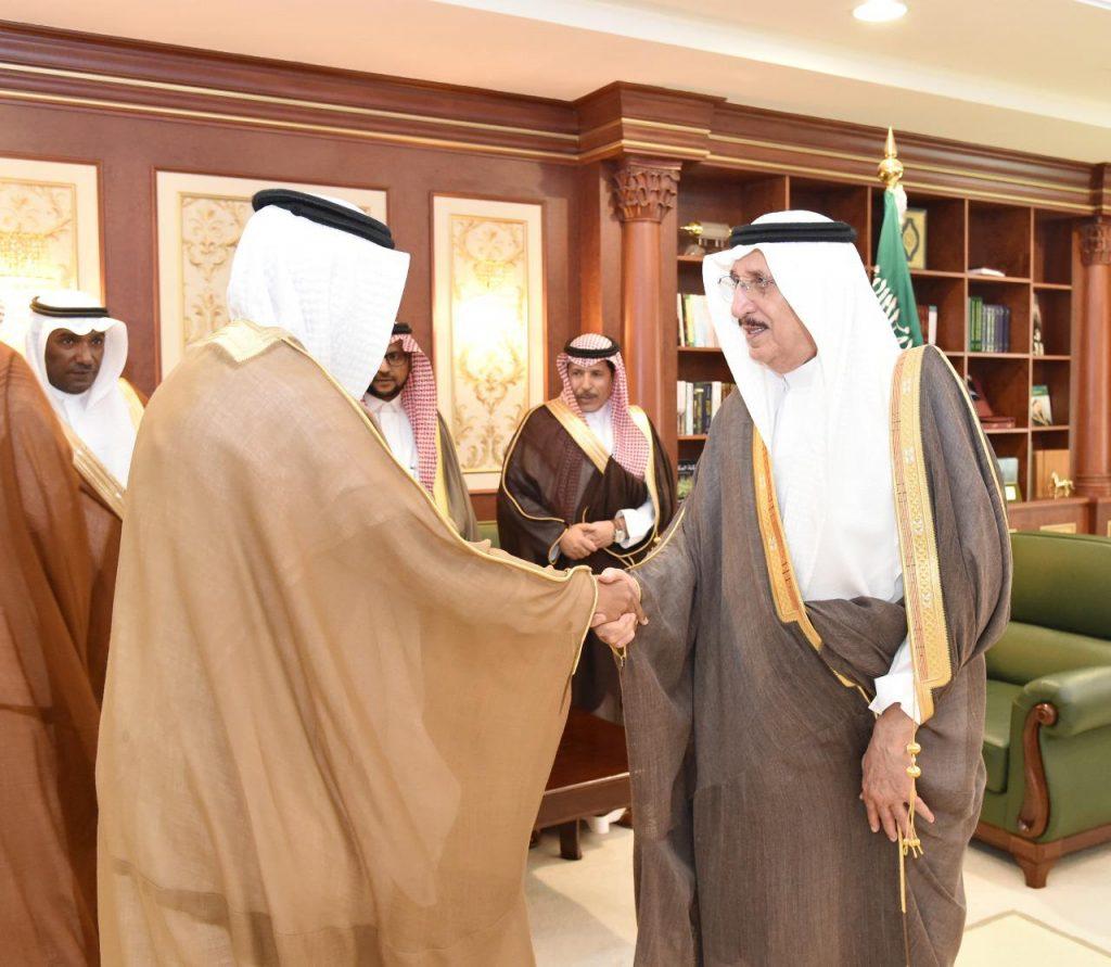 الأمير محمد بن ناصر يستقبل مدير ووكلاء جامعة جازان